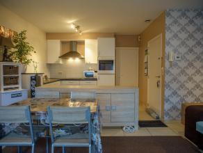 Dit instapklaar appartement met één slaapkamer is zeer centraal gelegen. Dit appartement is gelegen op de eerste verdieping.<br /> Een n