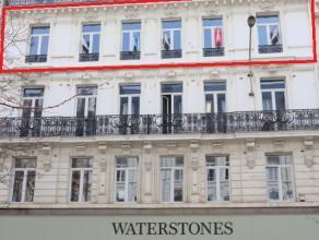 Prachtige kantoorruimte gelegen in het centrum van Brussel op een boogscheut van de beurs en de Grote Markt.<br /> <br /> De totale casco oppervlakte