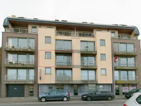 Gezellig appartement (86 m²) te koop in Ieper op de tweede verdieping in residentie Minneplein. Garage en lift aanwezig! Recent volledig geschild