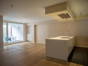 Prachtig appartement met 2 slaapkamers in het centrum van Brugge. Het appartement is gelegen op wandelafstand van de Grote Markt, winkels, openbaar ve