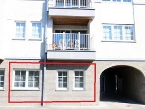 Gemeubeld appartement met garage nabij het centrum van Kortrijk<br /> <br /> Recent appartement met twee slaapkamers gelegen dichtbij het centrum van