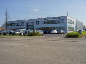Kantoorruimte (285 m²) op industriezone Herdersbrug.<br /> <br /> Indeling: <br /> - gemeenschappelijke inkom<br /> - landschapsbureel (140 m&sup
