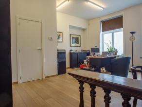 """Recent appartement gelegen op het gelijkvloers van residentie """"De oude Drukkerij"""", voorzien van 2 slaapkamers en grote leefruimte. Het appartement is"""