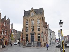 Luxe duplex-appartement op 4°V. met prachtig zicht op de reien. Het appartement biedt je 2 slaapkamers, mezzanine en terras.<br /> <br /> Indeling