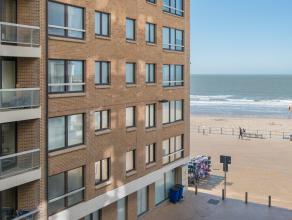 Dit aangename vakantieappartement is gelegen in Hertstraat, een zijstraat van de zeedijk, pal in het centrum van de koningin der badsteden. <br /> <br