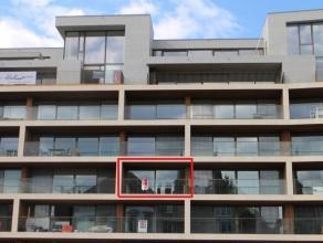 Magnifiek en modern nieuwbouwappartement in centrum Kortrijk langs de Leie en met de Broeltorens in de verte, voorzien van alle comfort. <br /> <br />