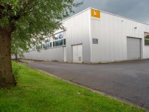 Geïsoleerde en verwarmde opslagplaats in bedrijfsgebouw op ambachtelijke zone Herdersbrug te Brugge.<br /> <br /> Perfecte ligging in nabijheid v