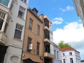 """Appartement op de Grote Markt in """"Residentie Epina"""".<br /> <br /> Centraal gelegen recent appartement; omvat een living met volledig geïnstalleer"""