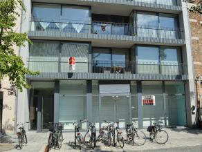 Prachtig en klassevol appartement in de winkelstraat van Roeselare.<br /> <br /> Dit ruime appartement op het eerste verdiep ligt in een rustige resid