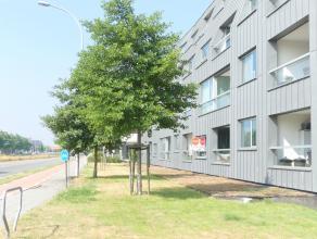 Kwalitatief afgewerkt appartement met 2 slaapkamers, terras en zicht op de Damse Vaart. Op fietsafstand van centrum Brugge, perfecte verbinding naar D