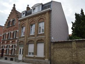 Gezellig appartement gelegen in een rustig straatje met centrale ligging tussen station en Grote Markt. Parkeermogelijkheid voor het appartement met b