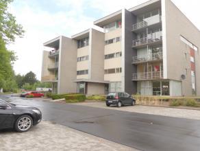Modern dakappartement met 2 slaapkamers, zonnig dakterras met prachtig zicht nabij Brugge.<br /> <br /> Indeling:<br /> Inkom met apart toilet - ruime