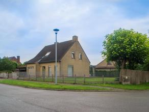 Bent u op zoek naar een leuke en gezellige vrijstaande woning in Roeselare - Beveren? Dan kan deze woning u zeker bekoren! <br /> <br /> In Hoog-Bever