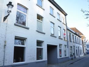 Appartement met 1 slaapkamer in het centrum van Brugge. Gelegen nabij het Astridpark.<br /> <br /> Indeling:<br /> 1°V: woonkamer (26,5m²) me