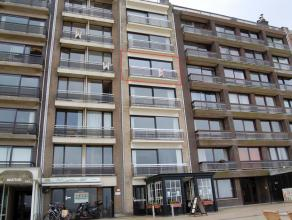 Uiterst rationeel appartement met zicht op zee te Zeebrugge. Vanuit het appartement op het 4de verdiep geniet u een schitterend en wijds uitzicht op z