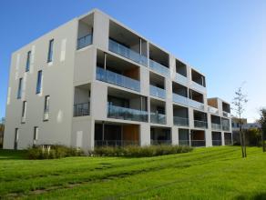 Recent appartement met 2 slaapkamers, gelegen in een groene omgeving net buiten het centrum van Brugge, en in de nabijheid van Expressweg, bushalte, w