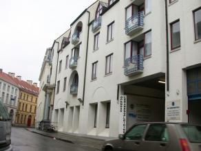 Residentie Ten Eeckhoute  Residentie met diensten / Seniorie. In centrum van Brugge gelegen, op voetafstand van de markt : 2e verdieping aan de straat