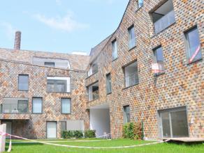 Ruim appartement in modern nieuwbouwproject op centrale ligging te Brugge. Appartement met mooie leefruimte en ingerichte keuken, 2 slaapkamers en ann