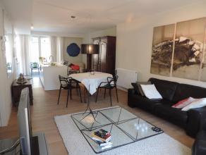 Luxe-nieuwbouwappartement met aangename en lichtrijke leefruimte met een open ingerichte keuken, 2 slaapkamers , badkamer, ruime berging, toilet, ruim