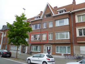 Leuk appartement met 2slaapkamers en terrasje vlakbij t ZandAppartement (+/- 60m²) nabij t Zand bestaande uit:Glvl: inkomhal met trap.1e verd: in