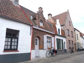 Karakteristiek, volledig gemeubeld Brugs huisje met één slaapkamerKarakteristiek Brugs huisje op Sint-Anna, volledig gemeubeld, inclusie
