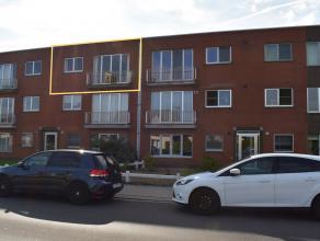 Instapklaar appartement met twee slaapkamers te Male, Sint-Kruis. <br /> Perfect gelegen op wandelafstand van openbaar vervoer, supermarkt en bakker.