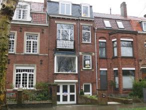 Mooi éénslaapkamerappartement op idyllische ligging in de rustige woonwijk Kristus-Koning, de rand van Brugge. Prachtig uitzicht op het