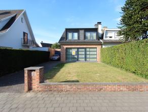 Brugge Sint-Andries ,residentiële ligging<br /> Recente Half-Open bebouwing met garage,oprit, tuin en 3 slpks<br /> <br /> omvat:inkom, toilet,ru