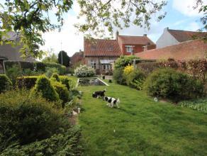 Sint-Andries<br /> Pittoreske eigendom ,perfect zonnegeorienteerd<br /> Half-Open bebouwing met oprit en prachtige tuin op 675 m2,perceelsbreedte 12 m