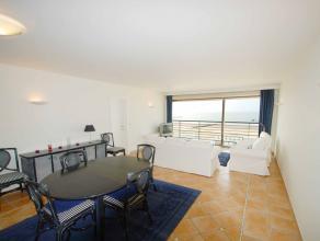 Ruim en zeer recent appartement op de zeedijk - Albertstrand - op een 5e verdieping met prachtig frontaal zeezicht, ruime woonkamer met ingerichte keu