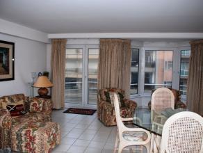 Appartement gelegen in een zijstraat van de Zeedijk dicht bij het Casino. Gemeubeld Open keuken volledig ingericht met vaatwas, koelkast met friesvak,