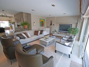 Prachtig recent triplex dakappartement van 180 m², centraal gelegen met 2 ruime zonneterrassen, mooi weids uitzicht, samenstelling: ruime woonkam