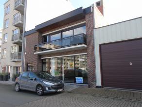 Handelsruimte aan Werfkaai in Zeebrugge. <br /> Beschikt over: handelsruimte, verschillende mogelijkheden tot inrichting, keukenruimte, 2 toiletten.