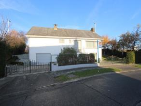 Deze ruime zeer goed onderhouden villa is gelegen te Zeebrugge, beschikt o.a. over 3 slaapkamers, 334m² woonoppervlakte en aangename tuin.<br />