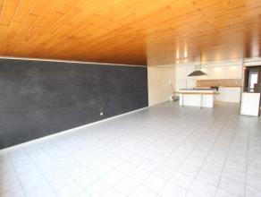 Ruim slaapkamer appartement te Zeebrugge<br /> <br /> Indeling Inkomhall, 2 ruime slaapkamers, badkamer met ligbad en toilet. ruime woonkamer met open