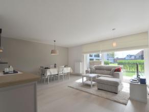 Dit instapklaar en gezellige appartement met 1 slaapkamer is rustig gelegen op enkele min. van het strand en nabij de jachthaven van Zeebrugge. Het li