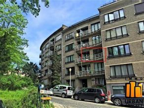 Laeken: limite Wemmel, situé au 2ème étage avec ascenseur d'un agréable immeuble, très bel appartement de 90 m2 en