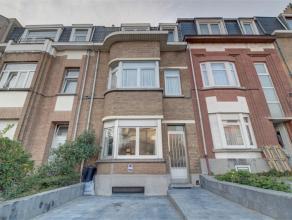 Situé à Neder-Over-Heembeek, beau studio rénové situé au 1er étage dans un petit immeuble sans ascenseur (+/