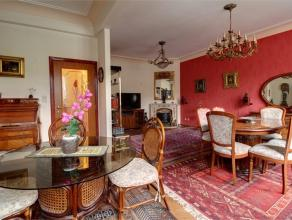 """SOUS- OPTION SORRY!! Situé au 1er étage d'une agréable copropriété dite """"Le Venise"""", superbe appartement offrant un"""