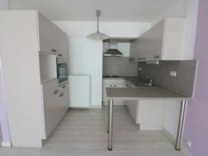 Appartement met 3 slaapkamers op de 5e verdieping van de residentie Ter Linde. Mogelijkheid om een autostandplaats bij te huren in de residentie. Het