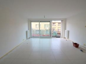 Recent appartement met 2 slaapkamers op de 2e verdieping van de residentie Rigoletto. Het appartement bestaat uit: - leefruimte; - open keuken met vaa