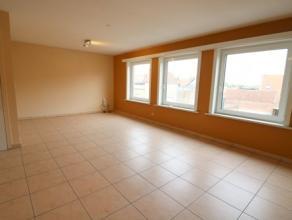 Appartement met één slaapkamer op de 2e verdieping van een klein gebouw. Het appartement bestaat uit: - inkomhal; - leefruimte; - open k