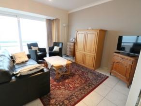 Gemeubileerd appartement met 2 grote slaapkamers op de zeedijk van Blankenberge. Dit appartement bevindt zich op de vierde verdieping van de residenti