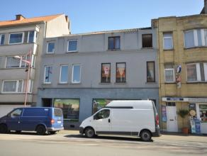 Woonhuis stadsrand Oostende - bestaande uit een handelsgelijkvloers + 2 duplexappartementen (3 kavels gerenoveerd in 2005) - grondoppervlakte 226 m&su