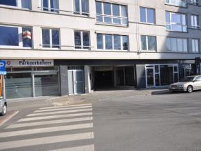 """Centraal gelegen autostaanplaats nummer 40 in afgesloten parkeercomplex: """"Parking Centrum"""" - stadslocatie Oostende - kelderverdieping - vrij vanaf 1-0"""