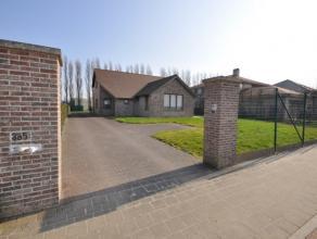Traditioneel gebouwde villa waar volumineus wonen centraal staat - stadsrand Oostende - op een boogscheut van E40 en invalswegen Oostende/Bredene/Gist