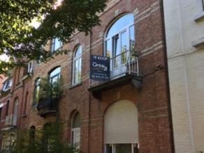 Laeken (réf : 2283) Situé à proximité du Heysel et de ses facilités, nous vous proposons un appartement (71m²)