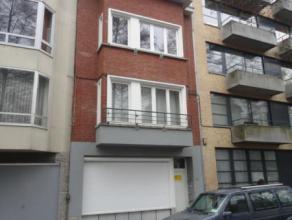 Laeken (réf : 7734) Situé à deux pas du Heysel et de toutes ses facilités, nous vous proposons un superbe appartement 3 ch