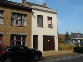 Belle-étage te Mariakerke-Oostende, vlak bij zee, zeer goede ligging, zeer interessant huis met garage en 3 kamers, gunstige prijs/kwaliteit, k