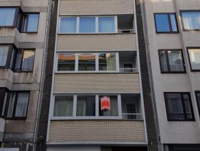 Rustig en toch centraal gelegen 2 slaapkamer appartement nabij het Leopoldpark en het centrum. Het appartement beschikt over een ingerichte, nieuwe ke
